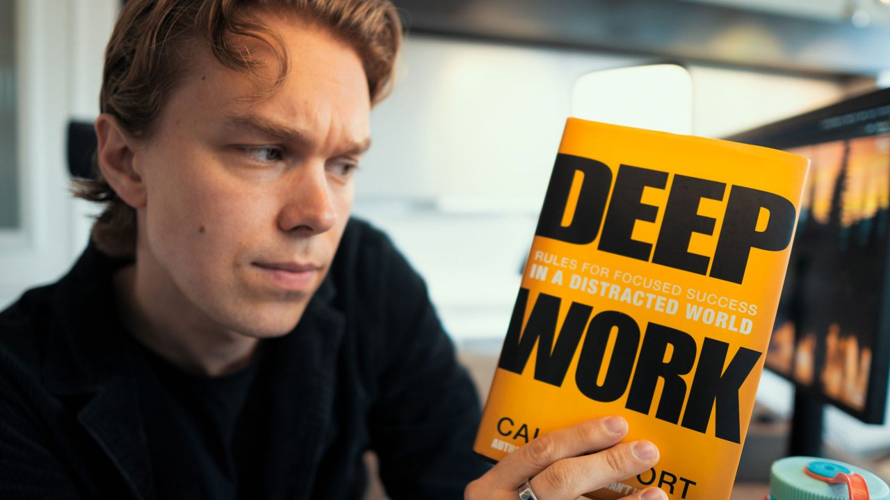 5.-My-Favorite-Rules-For-Focused-Success---DEEP-WORK-by-Cal-Newport-MaxGrowth-MaxPerzon